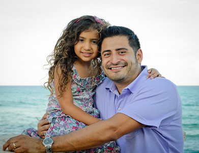 Raul Vielma and family