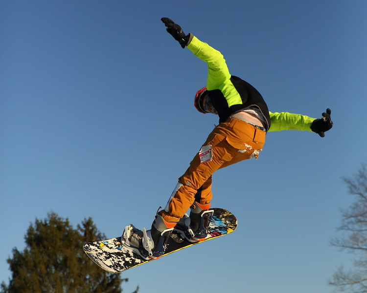 Dane Adams - Snow Trails, Big Air D21A3392 2019-2-9.JPG