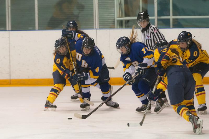 20130310 QWHockeyvsUBC 211.jpg