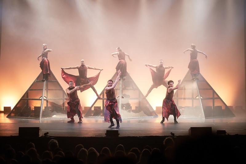 Dance Gala: DIAVOLO   Architecture in Motion