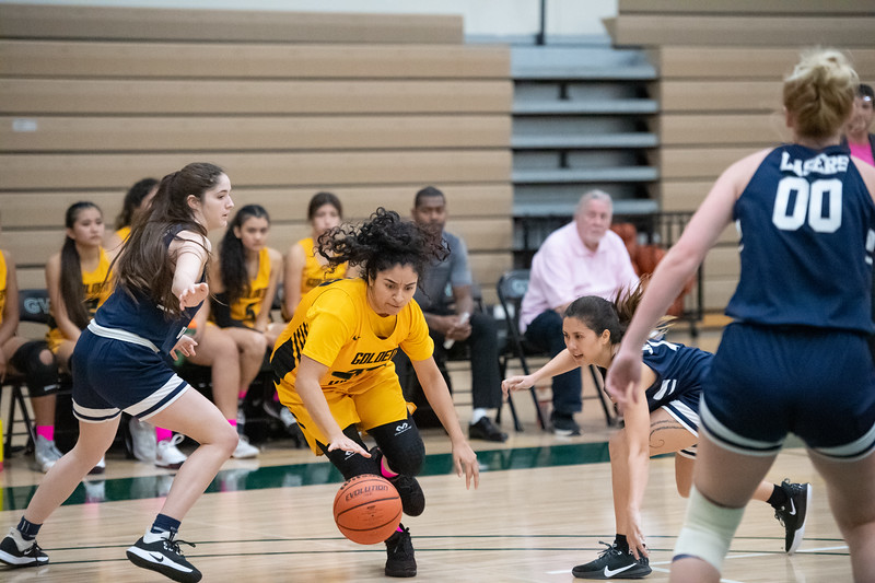 Basketball-W-2020-01-31-7729.jpg