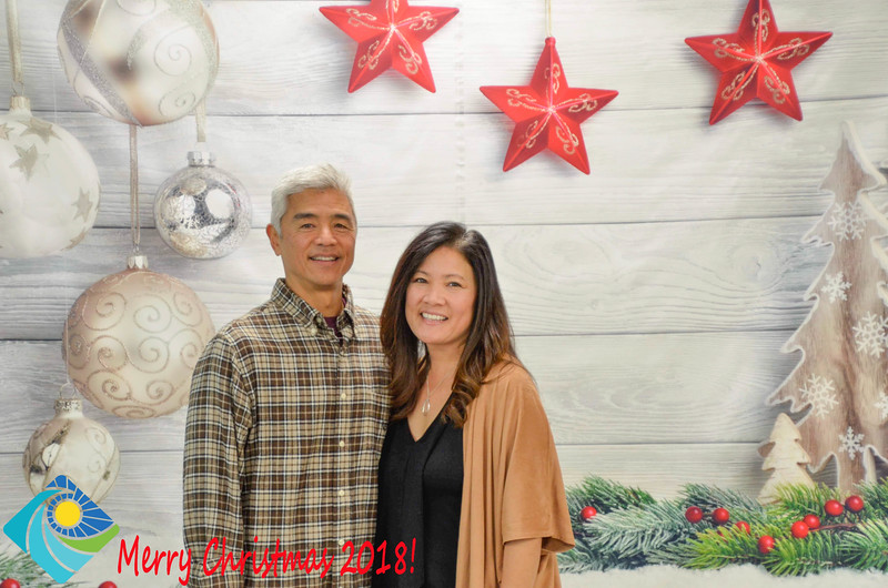 Christmas Photobooth 2018-046_01.jpg