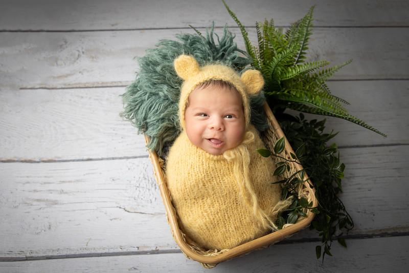 Casian-Newborn-Photography-Session-Southampton00005.jpg