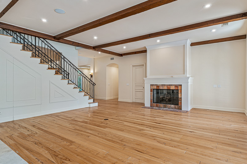 702 Patterson Place-14.jpg