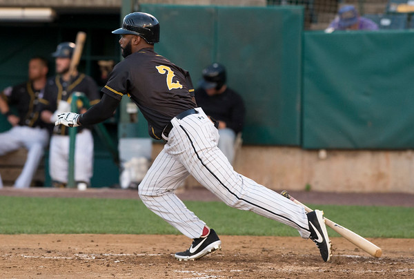 09/03/19 Wesley Bunnell | StaffrrThe New Britain Bees defeated the Somerset Patriots 7-6 in the bottom of the 8th on what was scheduled to be a 7 inning first game of a doubleheader. Zach Collier (2).