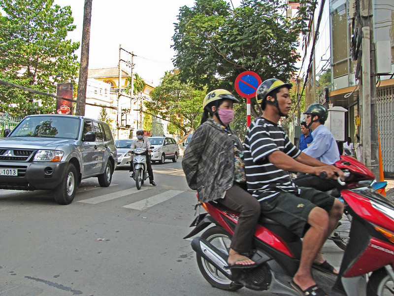 71-Saigon traffic
