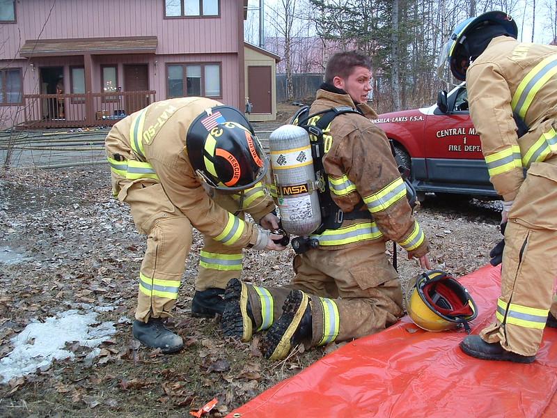 Day fire ambulance response 015.jpg