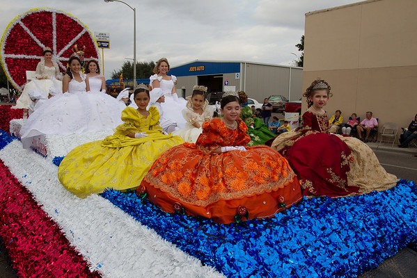 2011 Texas Citrus Parade part 1 dy