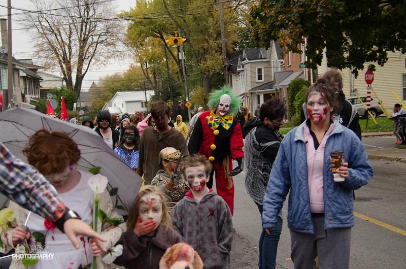 ZombieWalk-191.jpg