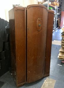 large-wardrobe.png