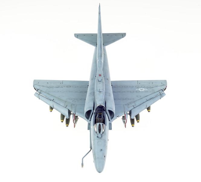 09-28-2014 Hasegawa A-4F Skyhawk FINAL-5.jpg