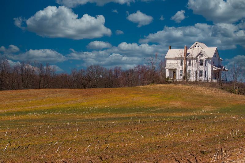 Hartville-Farmhouse-Springfields2Skylum.jpg
