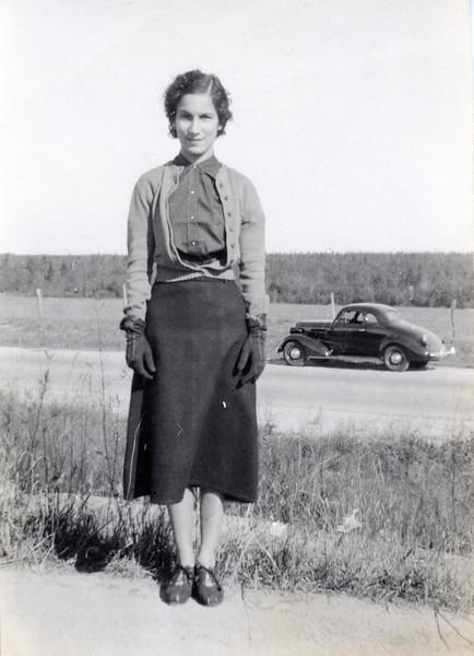 Julia 1938 aa.jpg
