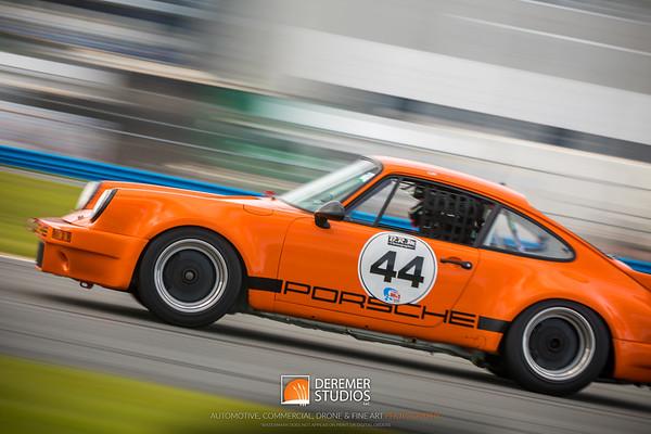 Auto - Vintage Motorsports
