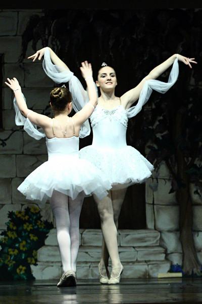 dance_050209_382.jpg