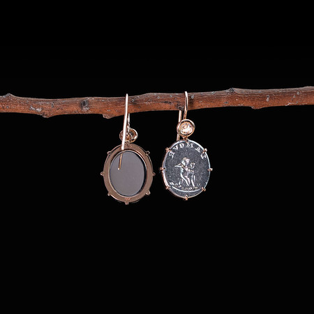 """L'Amour"" / ""Love"" Cupid earrings (18kt white & rose gold)"