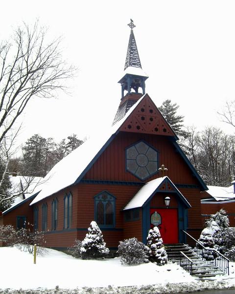 1-Spring snowfall - St Luke's Church,april 9, 2015.CIMG9700.JPG