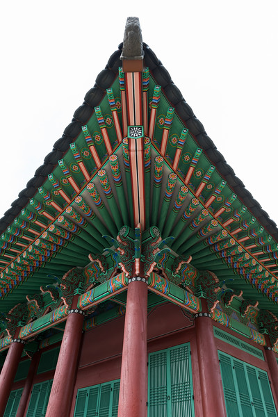 Architectural details of the ceiling of traditional building, Gyeongbokgung Palace,�Jongno District,�Seoul, South Korea