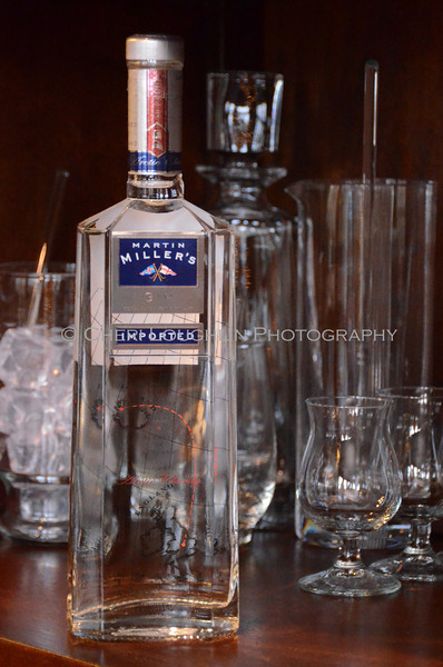 Martin Miller's Gin - Cheri Loughlin Wine & Spirits Stock Photography