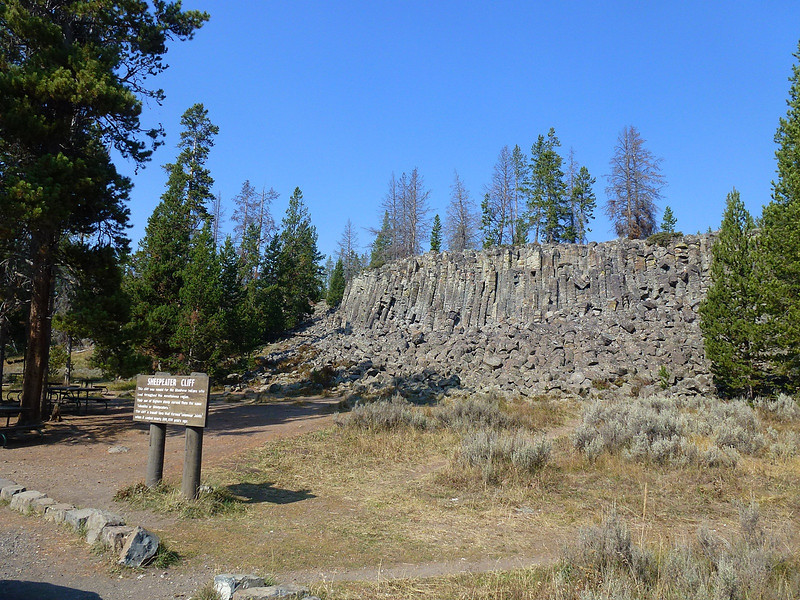 A picnic stop  called sheepeater cliff.The rock formation is basalt and is similar to formations at home