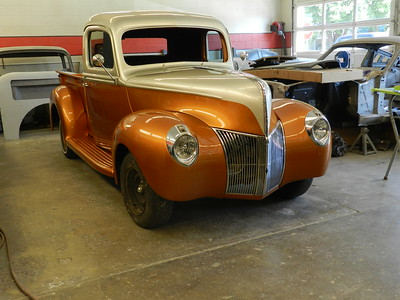 1940 Ford Pickup Project - Bill Eakes . . ..
