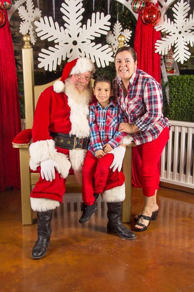 Santa 12-16-17-412.jpg