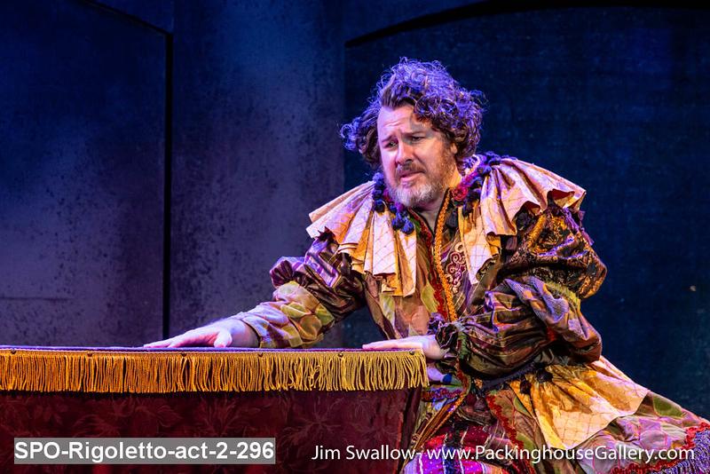 SPO-Rigoletto-act-2-296.jpg