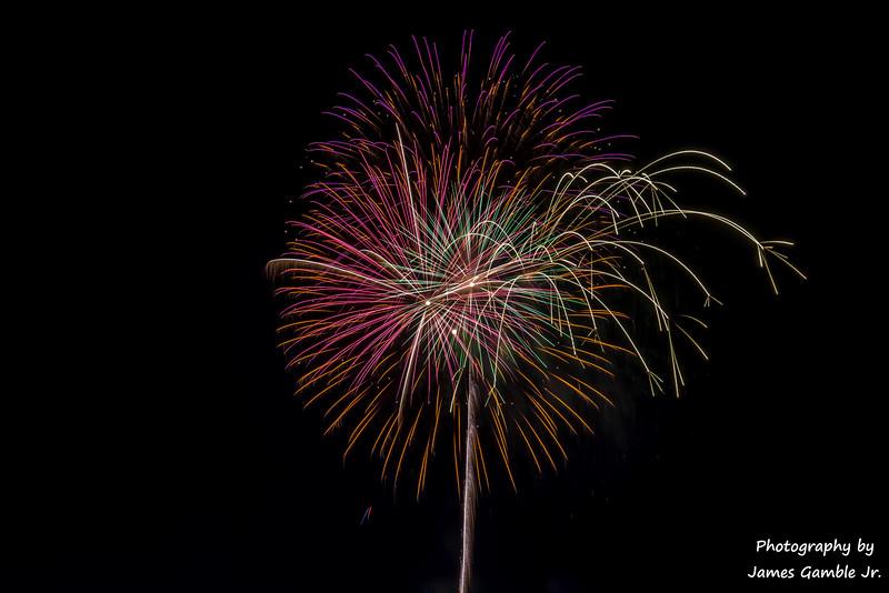 Fourth-of-July-Fireworks-2016-0363.jpg
