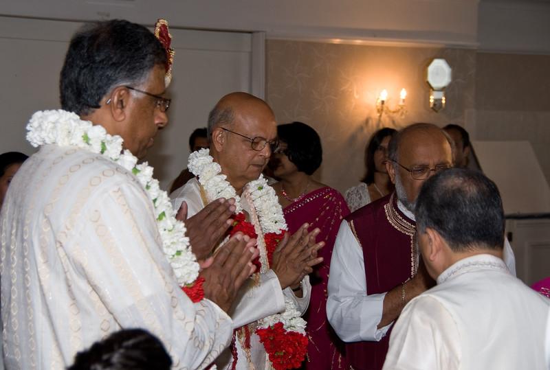 Shiv-&-Babita-Hindu-Wedding-09-2008-037.jpg