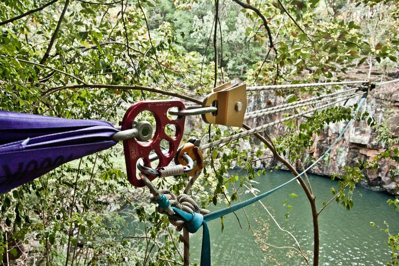 dalwood-falls-highlining-trent-holly-35.jpg