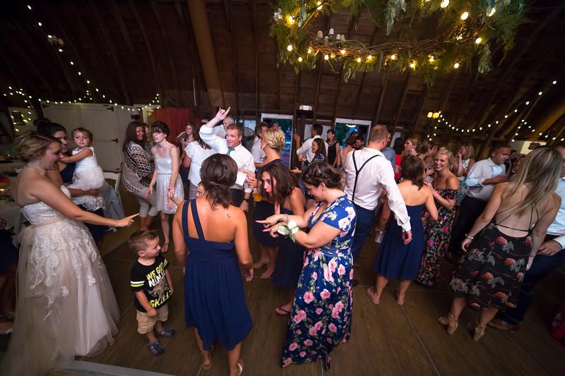 Garrett & Lisa Wedding (805).jpg