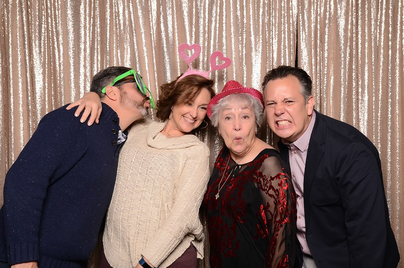 20180324_MoPoSo_Seattle_Photobooth_Number6Cider_Thoms50th-60.jpg