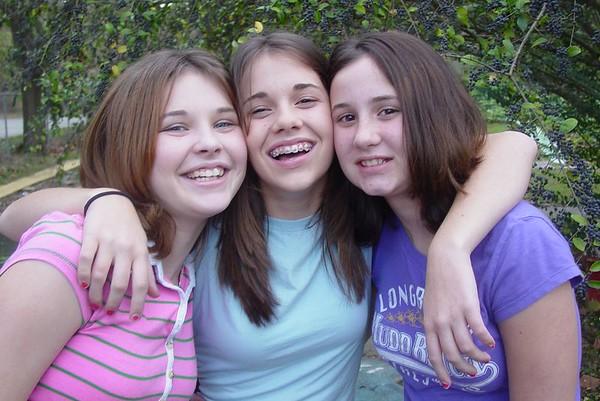 2004-10-Samantha, Nicky & Sammy