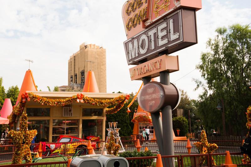 2016-11-19 Disneyland 019.jpg