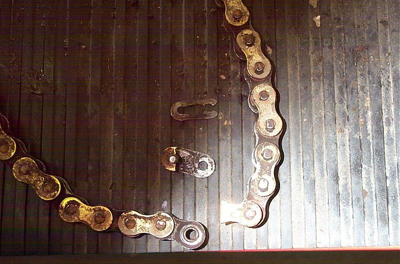 KLR 650, broken chain