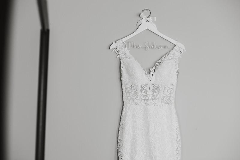 CAITLYN AND COLBY - BACKYARD WEDDING - 17.jpg