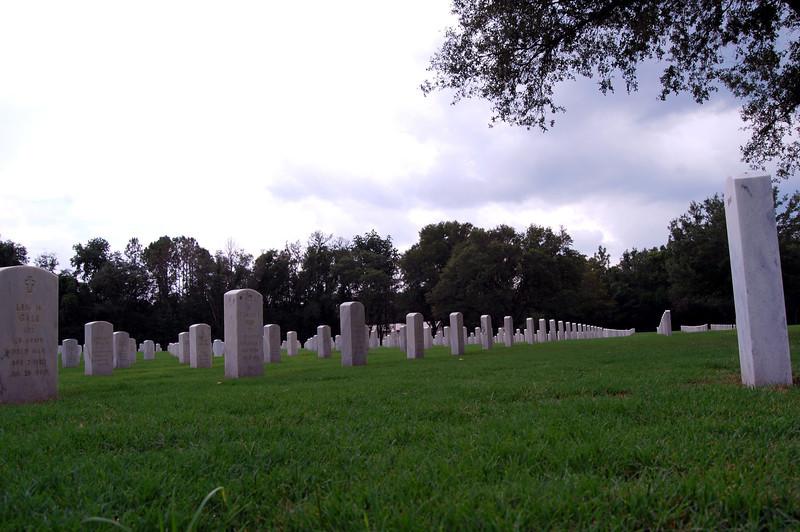 June 15 2003 to Florida National Cemetery (34).JPG