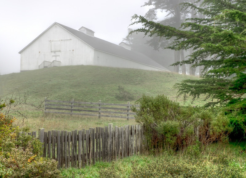 Knipp Stengel Barn, Sea Ranch, California
