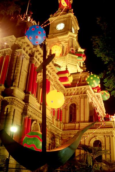 Australia - Sydney - City Hall Christmas better.jpg