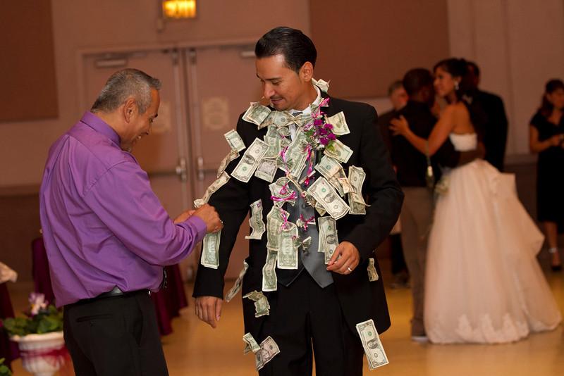 2011-11-11-Servante-Wedding-653.JPG