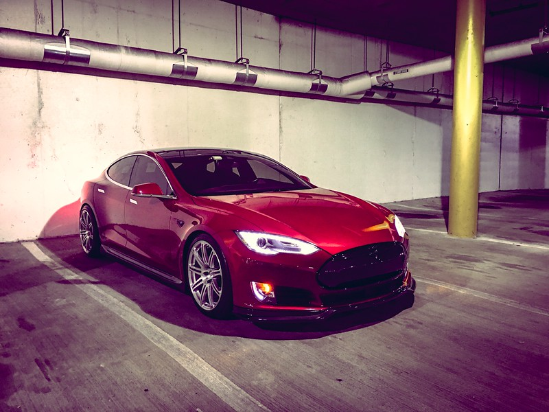 Tesla02.jpg