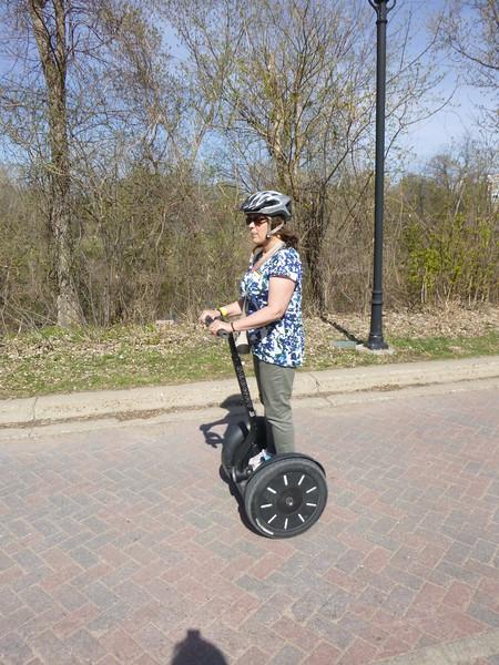 Minneapolis: April 17, 2015 (1:00 pm)