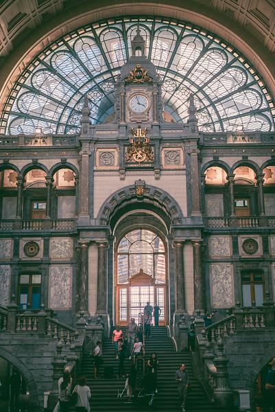 Antwerp-Station-vertical.jpg