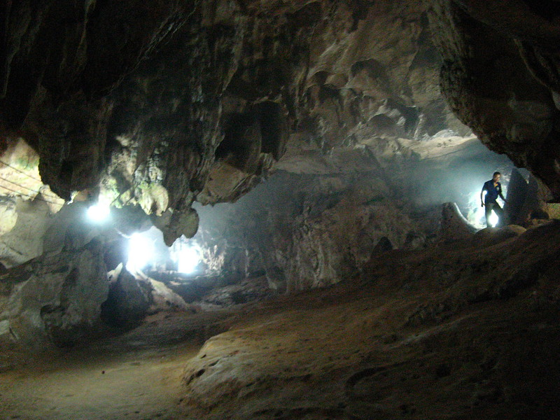 Eak in Chang Dow Cave