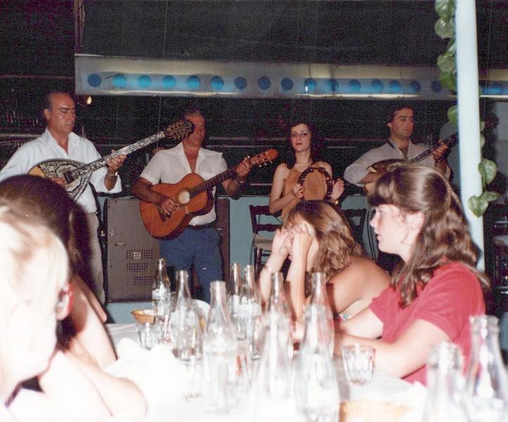 Dance-Trips-Greece_0101_a.jpg