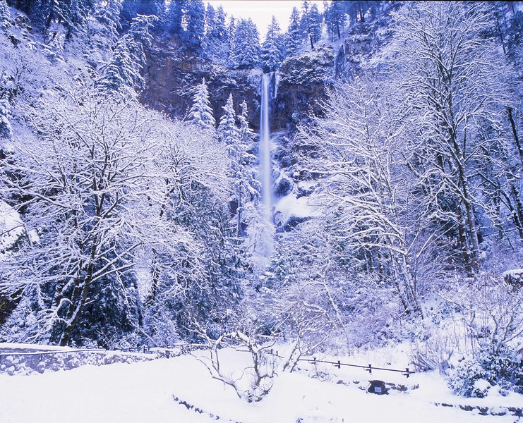 Multnomah in snow wide hrz enh sf.jpg