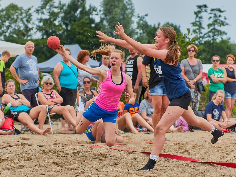 Molecaten NK Beach Handball 2017 dag 1 img 161.jpg
