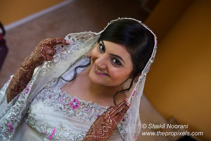 Naziya-Wedding-2013-06-08-01745.JPG