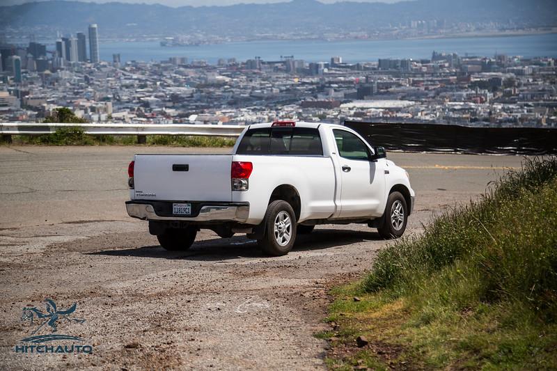 Toyota_Tundra_White_11819c1-6388.jpg