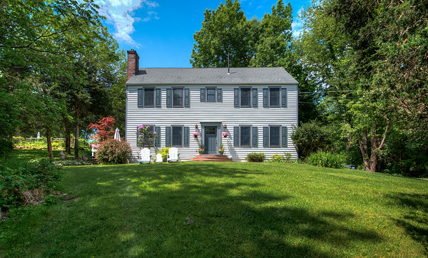 49 Sutton Road, Warwick, New York